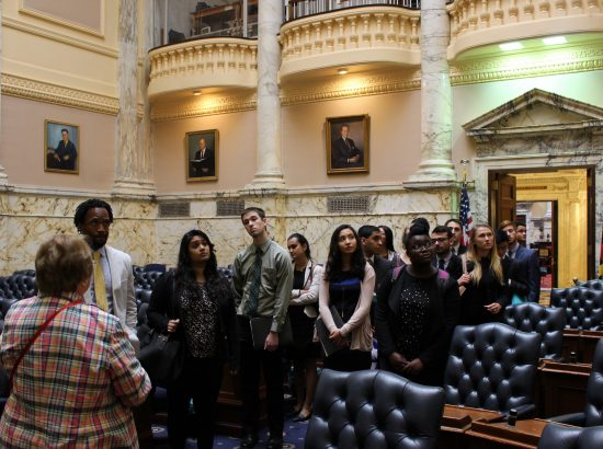 students observing supreme court interior