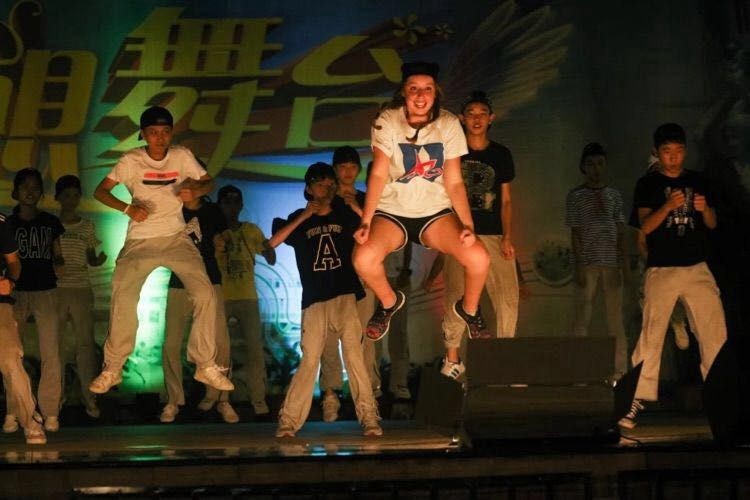 Kate Scandura on stage in Zhuhai, China