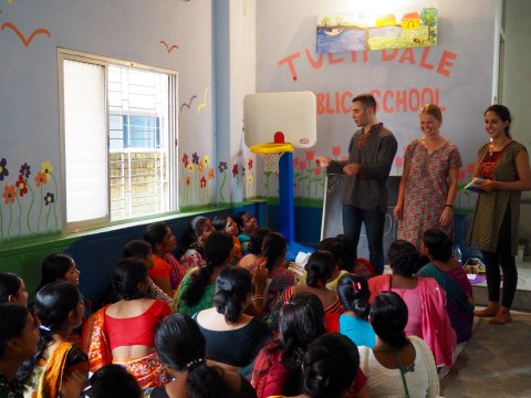 Two DukeEngage students teaching in Kolkata