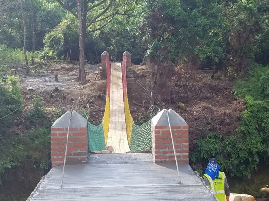 A bridge built through the Bridges to Prosperity project.