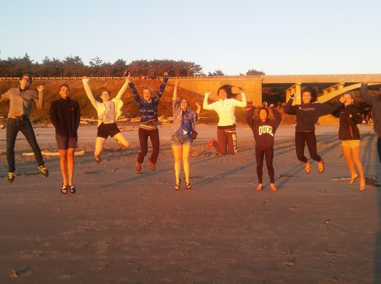 DukeEngage students jumping in Portland